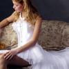 Платье сзади длинное, спереди короткое