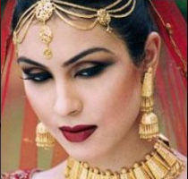 Индийский макияж губ