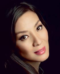 Праздничный макияж для азиаток