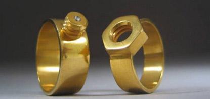 Золотые кольца – всегда модно?