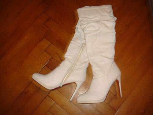 белые сапоги