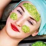 Как сделать огуречную маску для лица?