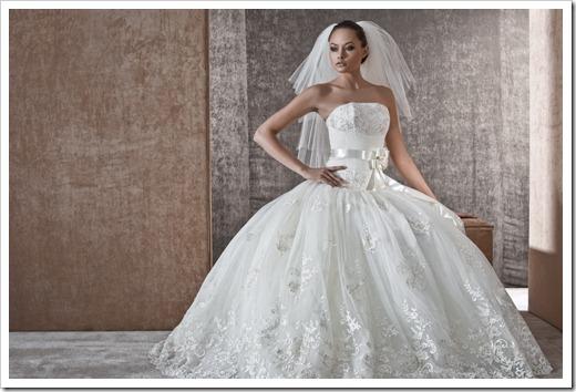 Различные варианты отделки свадебного платья