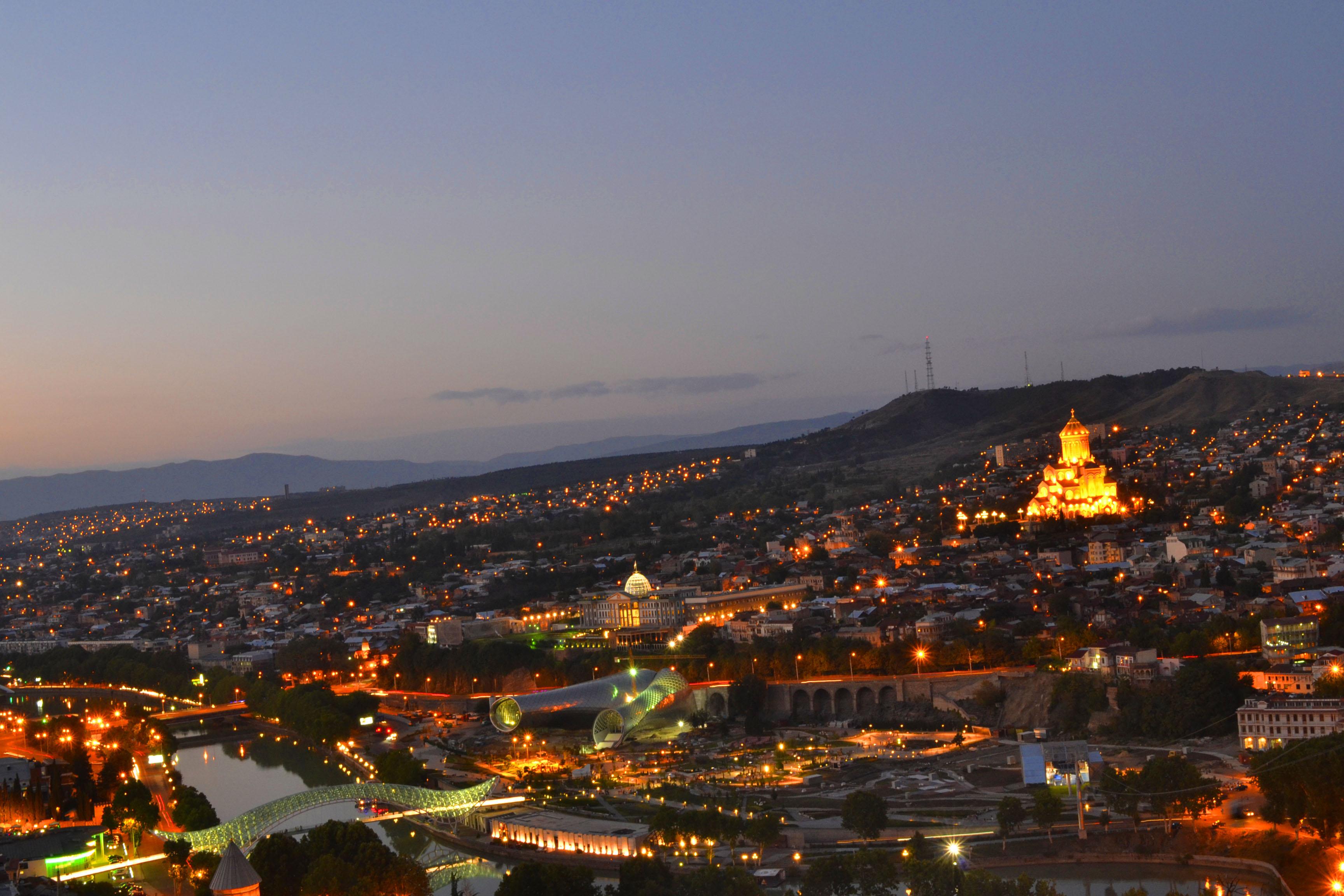Что посмотреть в Грузии  Тбилиси - сердце Грузии