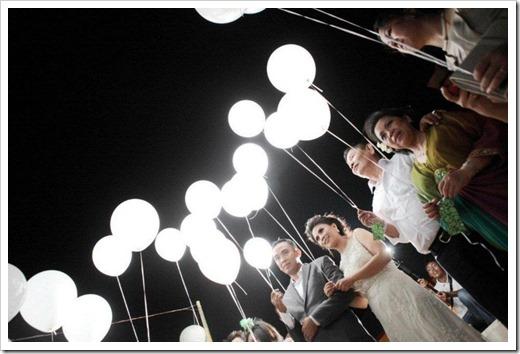 Оформление зала светодиодными шарами