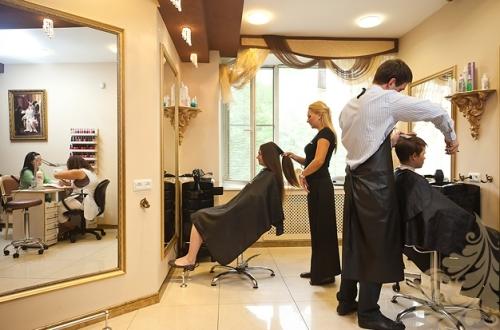 Клиенты в салоне красоты