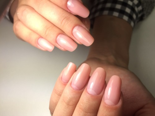 Как нарастить ногти полигелем