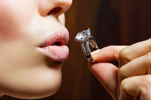 Как носить бриллианты